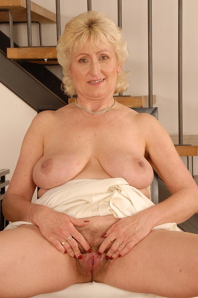 Интим фото бабы в возрасте, русский порно оргазмы